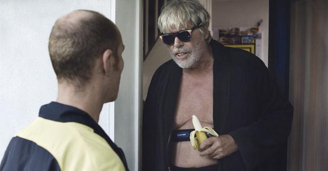 Review: 'Toni Erdmann' cringes, smiles, sings through life