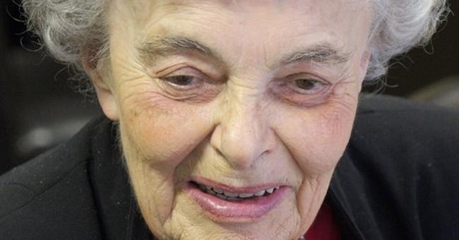 Iva Drapalova, former AP Prague correspondent, dies at 91