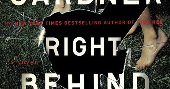 Book Review: 'Right Behind You' by Lisa Gardner