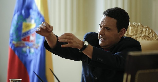 Hugo Chavez returns to life in TV show criticized by allies