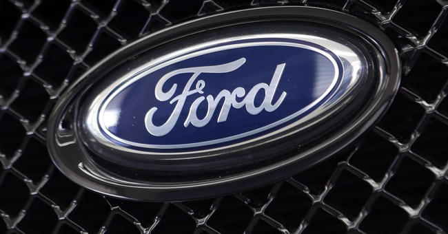 Probe of Ford Fusion steering wheels that may loosen, detach