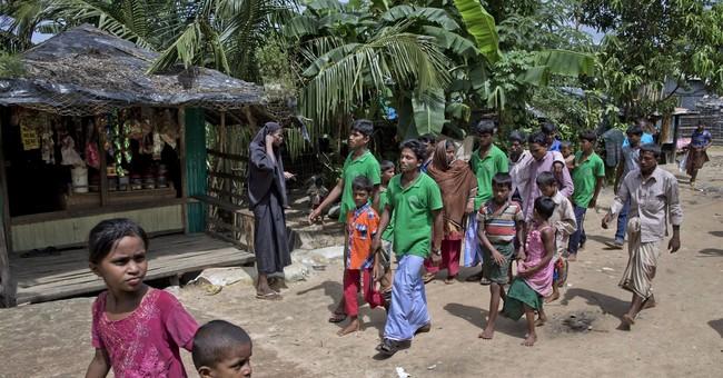 Help Me! Boy cries as Rohingya boat fleeing Myanmar capsizes