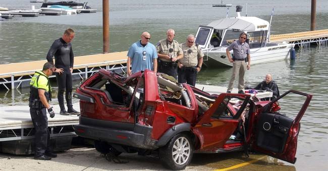 Cops: Idaho woman intentionally drove off cliff with 3 kids