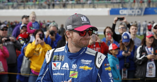 Earnhardt interested in penning book on concussion recovery
