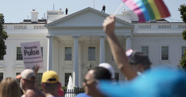 US court bars Trump from reversing transgender troops policy