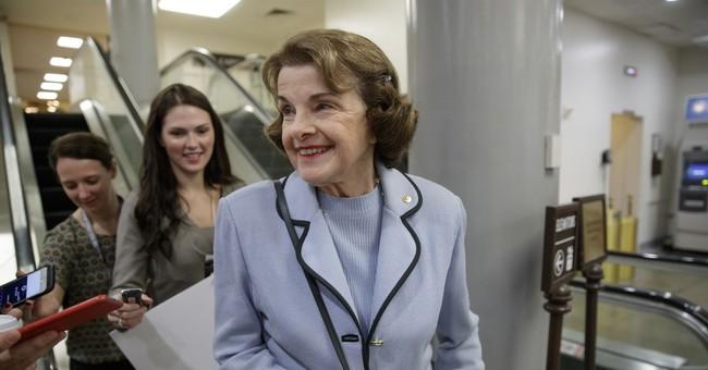 Pelosi endorses Feinstein in California Senate race