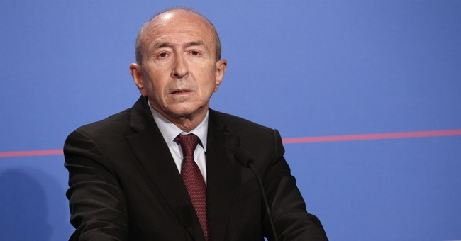 French President Marcon signs sweeping counterterrorism law