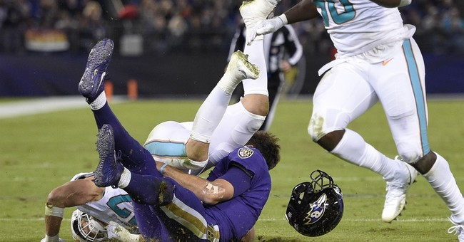 NFL: Dolphins' Alonso won't be suspended for hit on Flacco