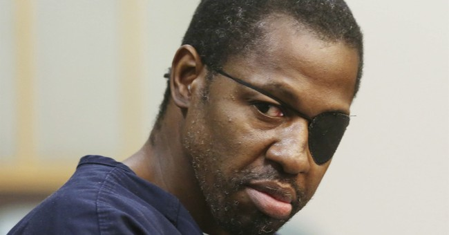 Man accused of killing officer wants lie-detector test