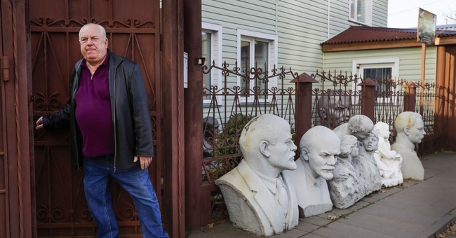Belarusian devotee amasses cache of Lenin memorabilia