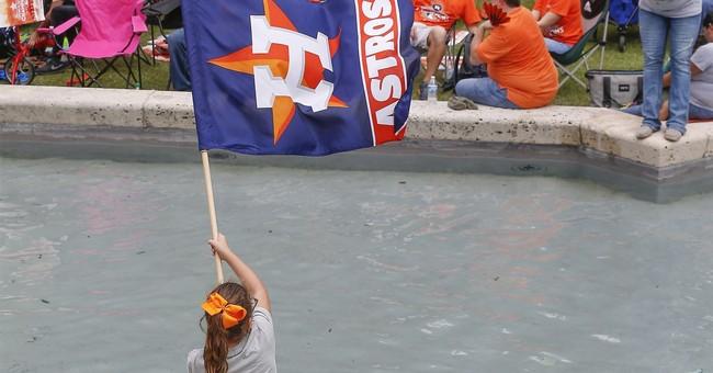 Cheering fans greet World Series champion Houston Astros