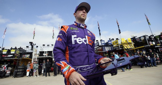Chase Elliott still frustrated, unmoved by Hamlin apology