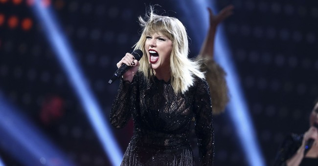 Pre-orders for new Swift album reach more than 400,000 units