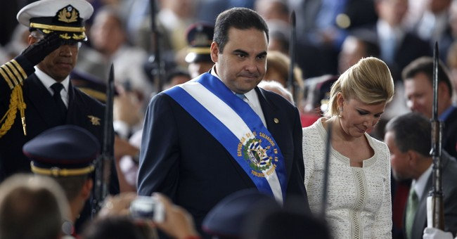 Ex- Salvadoran TV anchor accused of money laundering