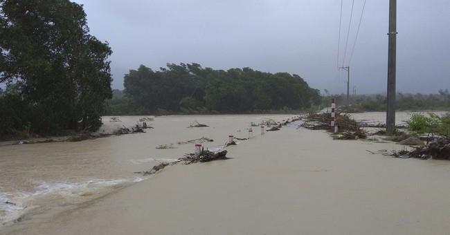 Typhoon kills 27, leaves 22 missing along Vietnam coast
