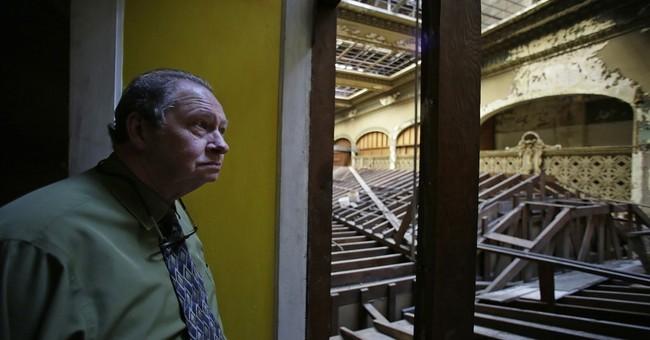Famous San Francisco baseball bar to close, future uncertain