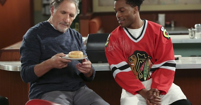 'Superior Donuts' stars Judd Hirsch as owner of kneady shop