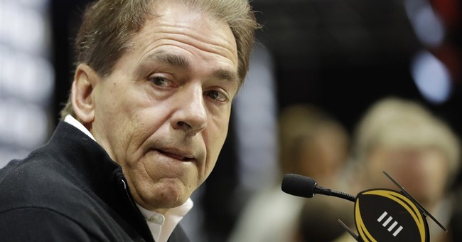 Signing day begins with Alabama closing on recruiting title