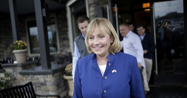 Chris Christie's top deputy keeps him off the campaign trail