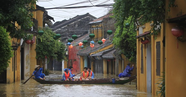 Death toll from Vietnam storm climbs to 89 ahead of summit