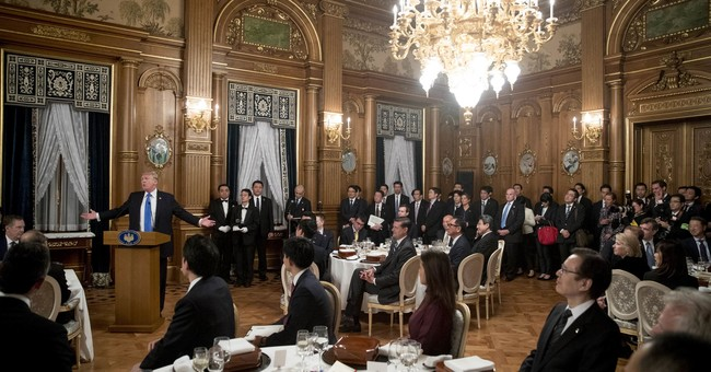 Abe's gifts for Trump include golden table runner