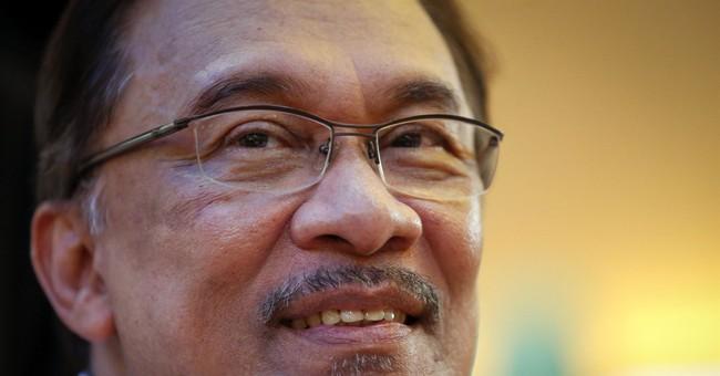 Jailed Malaysian opposition leader to undergo surgery