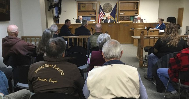 County in Oregon asserts greater role in use of federal land