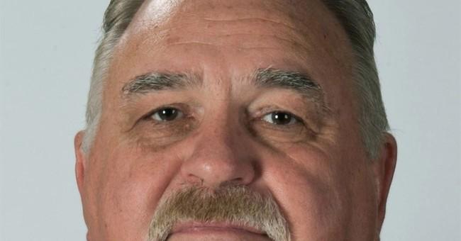 Kansas prosecutor wants help investigating former detective