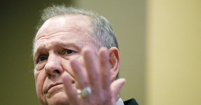 Allegations against Roy Moore roil US evangelical ranks