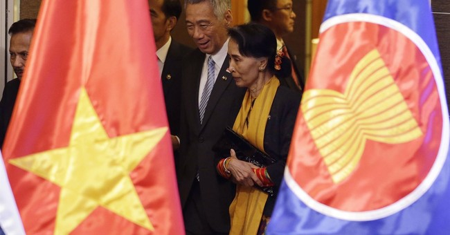 UN chief raises alarm over Rohingya in speech before Suu Kyi