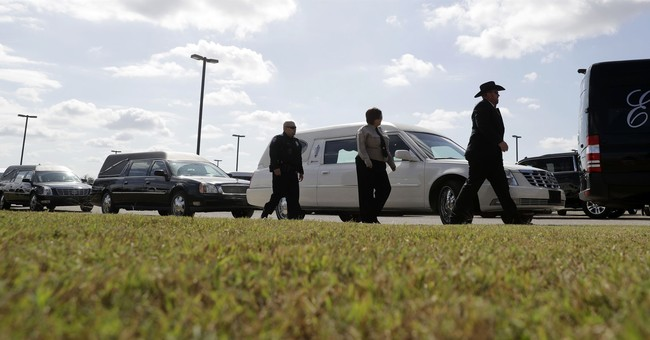 Thousands mourn 8 family members killed in Texas church