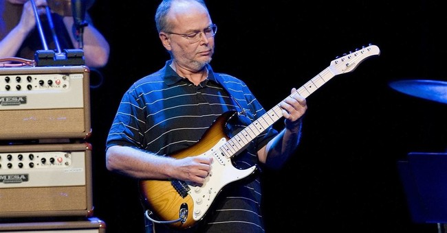 Walter Becker's wife says he died from esophageal cancer
