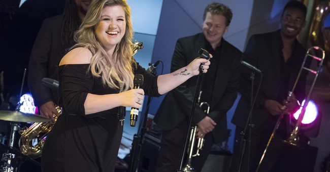 Kelly Clarkson 'cried a lot' while making new album