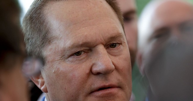 Boras says teams should spend big and move to 'Playoffville'