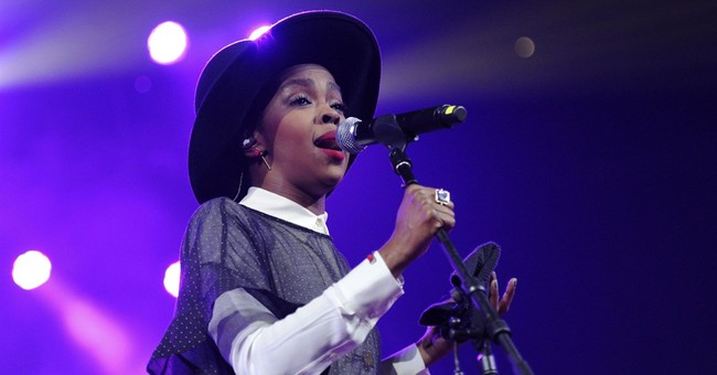 Fans bail as Lauryn Hill is 3 hours late for Pittsburgh show