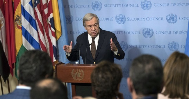 Experts: UN faces test in response to Trump refugee plan