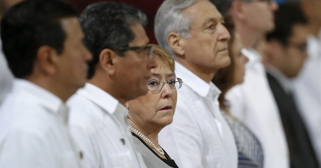 Chile: Bachelet denies receiving campaign financing from OAS