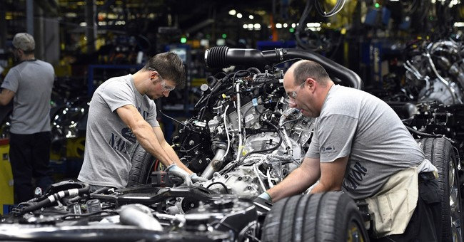 US industrial output climbed a healthy 0.9 pct. in October