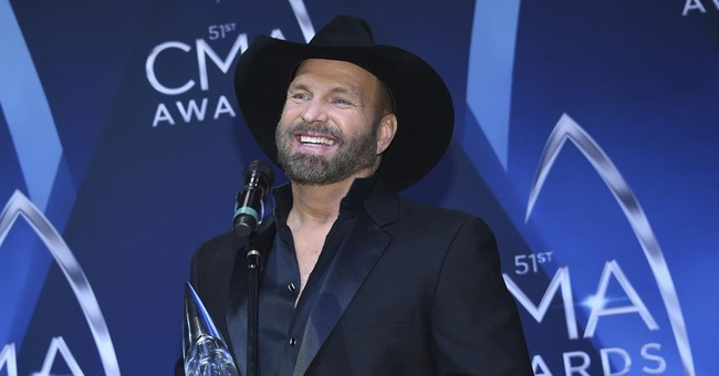 Q&A: Garth Brooks on new anthology and lip syncing at CMAs