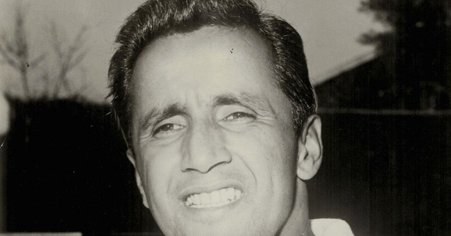 Tennis great Pancho Segura dies at 96; coached Jimmy Connors