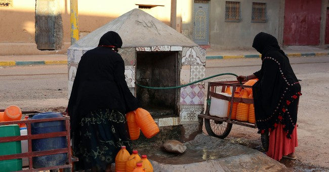 15 dead, 5 hurt in a stampede for food aid in Morocco