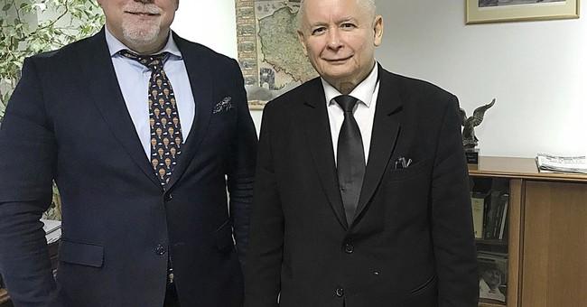 Polish prosecutors open racism probe of far-right march