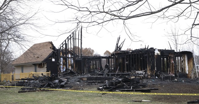 4 children, 2 adults killed in rural northern Illinois fire