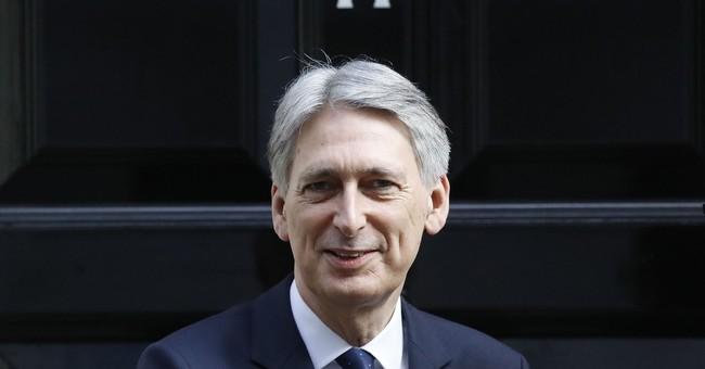 UK budget sees economy wilting under Brexit pressure