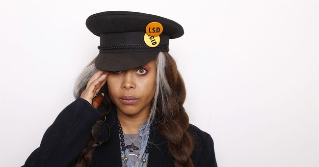 Erykah Badu offers 'soul therapy' ahead of Soul Train Awards