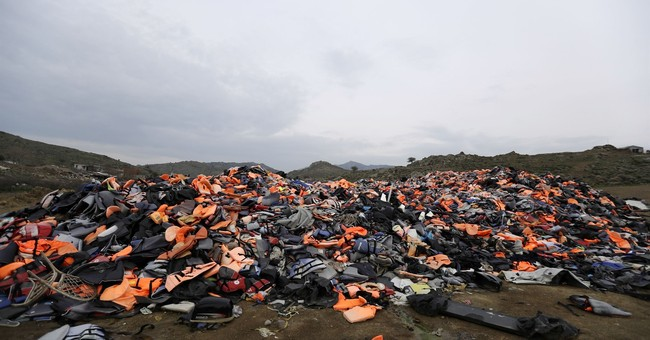 Greece: Rights groups express concern for migrant conditions