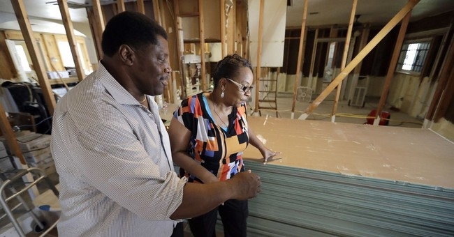 On Thanksgiving, family hurt by Harvey counts its blessings
