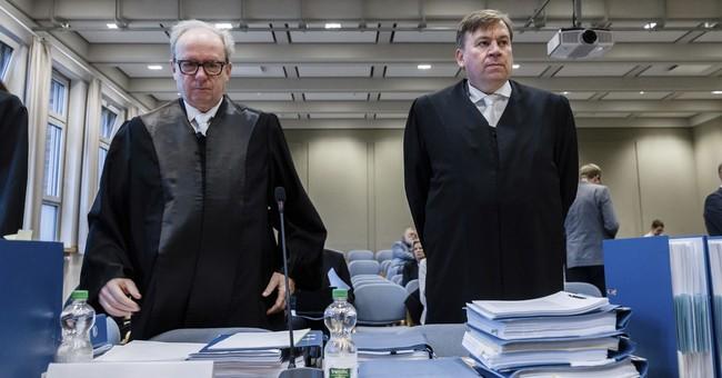 Court case exposes rift in Germany's secretive Aldi family