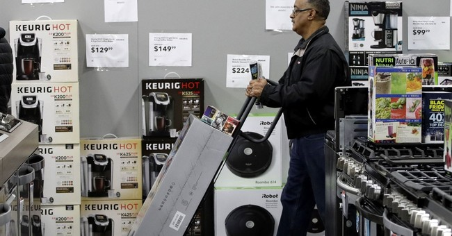 Shoppers mobilize on Thanksgiving, as retailers branch out