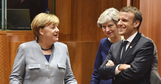 Germany's Merkel faces pressure for quick coalition talks